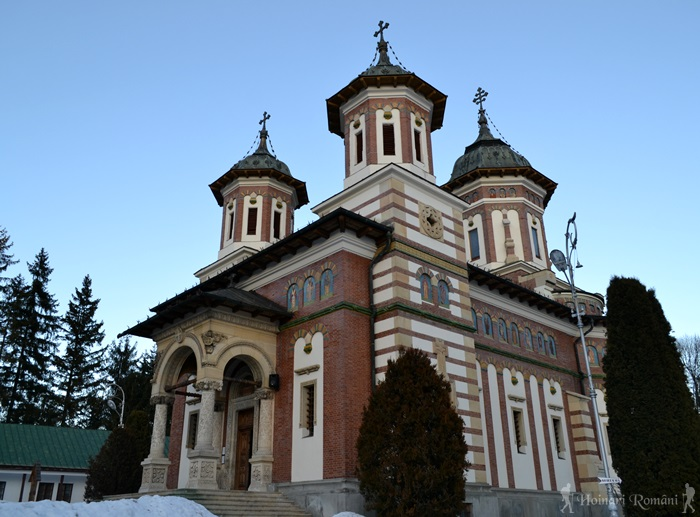 Manastirea Sinaia -hoinariromani