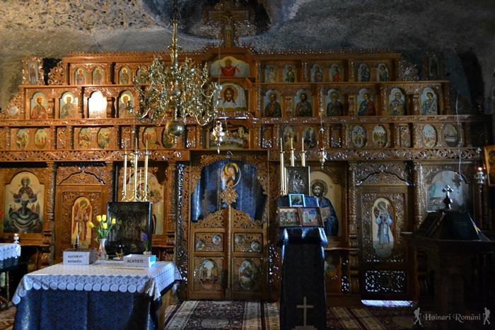 Mănăstirea Nămăești -HoinariRomani