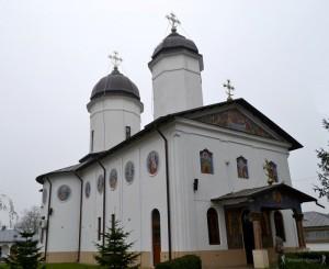 10 manastirea tiganesti-hoinariromani
