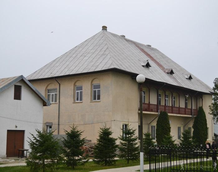 3 manastirea tiganesti