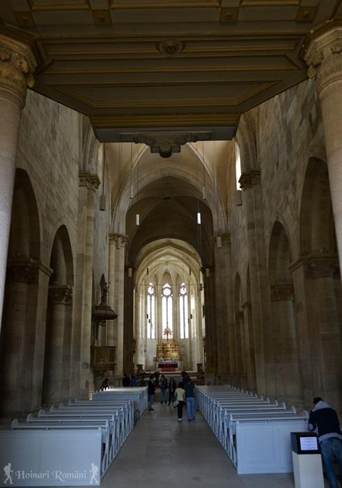 2alba biserica catolica-hoinariromani