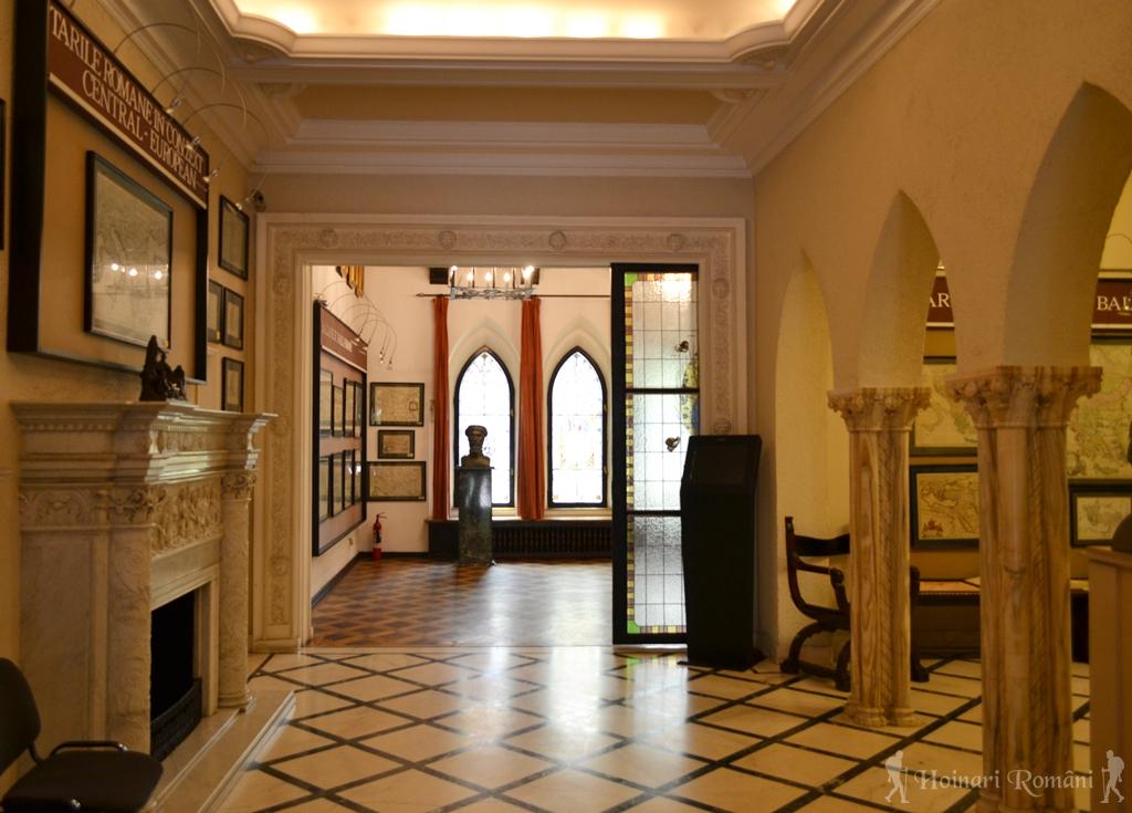 muzeu int