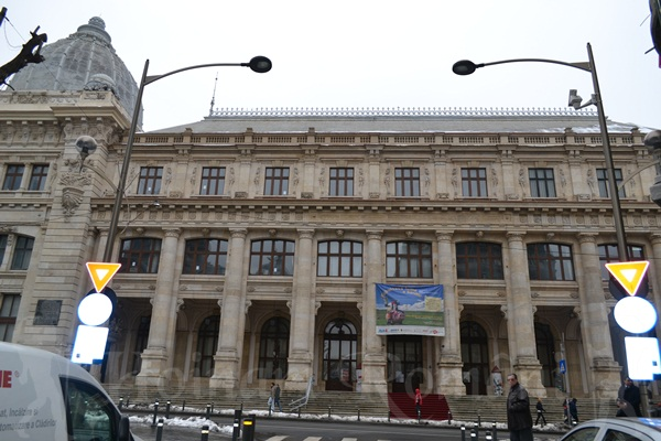 muzeul national de istorie=palatul postei